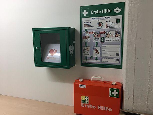 AED im Druckerraum, S 126